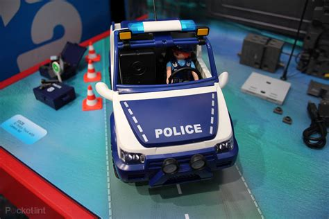 Hands-on: Playmobil Police Car with Camera puts CCTV in