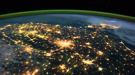 THE BEST HD VIDEO OF THE EARTH! AMAZING AS SEEN FROM ISS