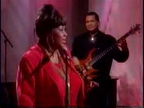 Aretha Franklin - Say A Little Prayer - The View (1998