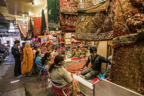 Jaipur Bazaar | Jaipur Markets | Shopping Places in Jaipur
