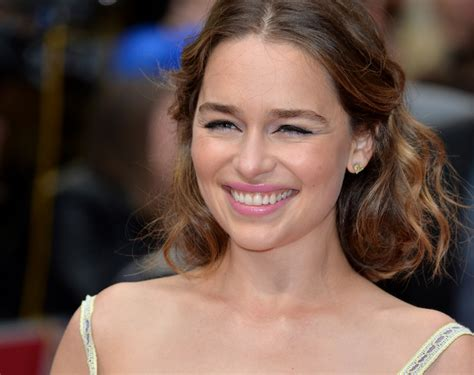Emilia Clarke channelled 'MMMbop' for 'Game of Thrones
