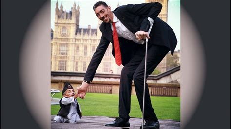 The world tallest Man and shortest Man met today to