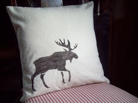 love it | Pillows, Holiday pillows covers, Decorative pillows