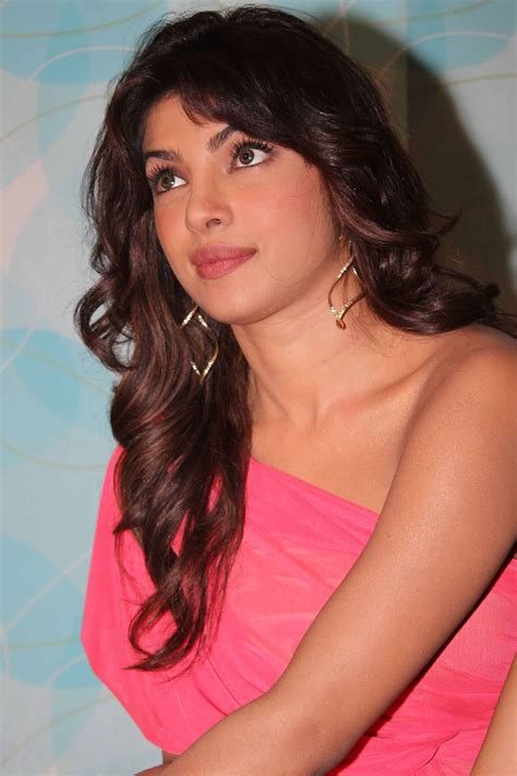 Priyanka Chopra in a Cute One Shoulder Pink Dress – Blog